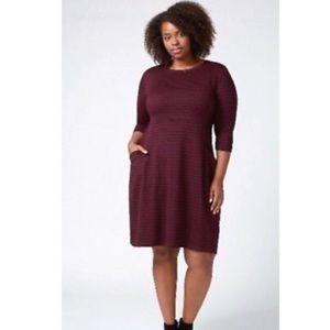 Lane Bryant- striped burgundy/ black dress 26/28